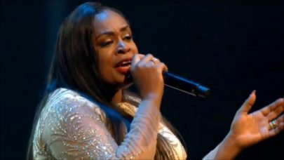 Sinach – I adore you [live]