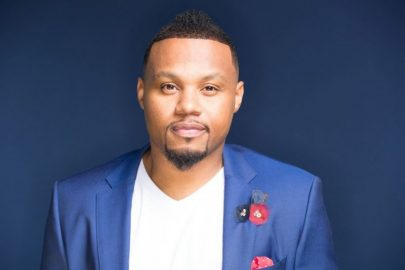 Todd Dulaney – King of Glory feat Shana Wilson-Williams